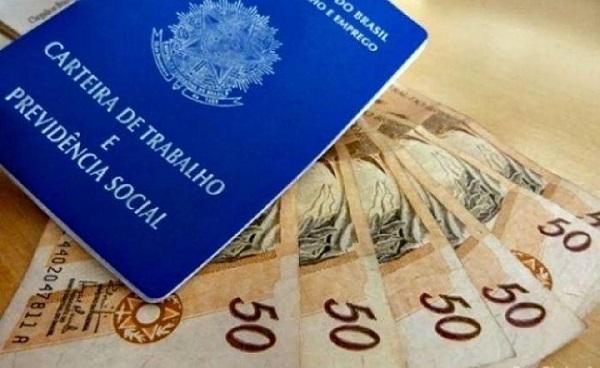 Salário mínimo está valendo R$ 1,1 mil
