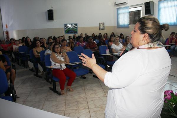 Professores participam de Capacitação no CEFAPRO