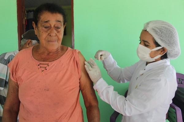Idosos de União do Norte são vacinados contra a Covid-19