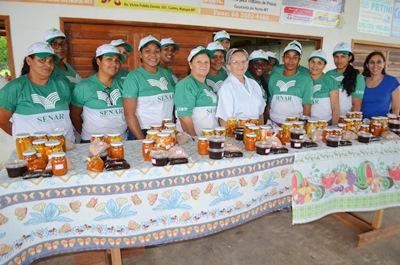 Mulheres de Flor da Serra são capacitadas pelo SENAR-MT