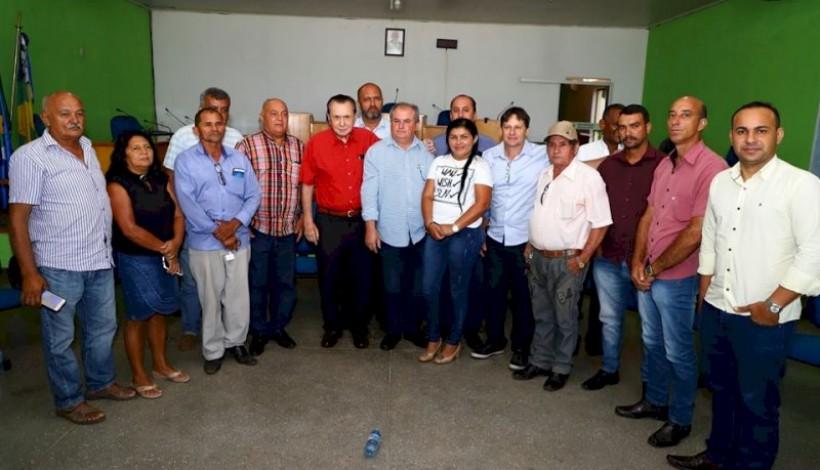 Deputado Bezerra atende demandas da Agricultura Familiar