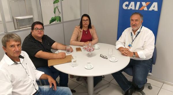 Prefeita busca CEF para viabilizar Infraestrutura Urbana