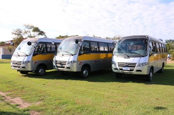 Educação faz aquisição de três novos ônibus escolares em Guarantã do Norte