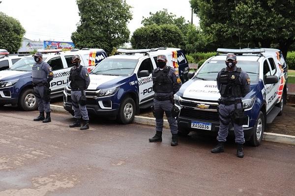 CR15 recebe 12 novas viaturas policiais