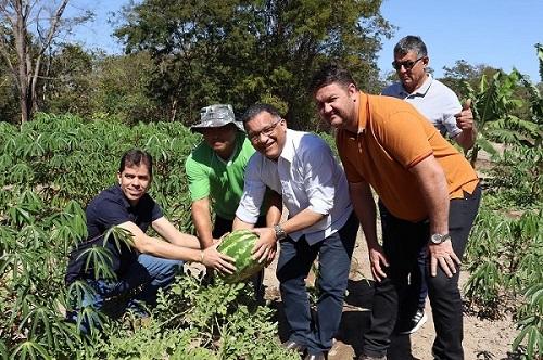 SEAF-MT e Prefeitura fomentam agricultura familiar