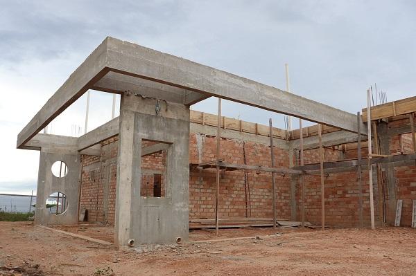 Obra de construção da nova DEPOL Peixotense