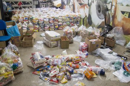 Vereador transforma o salário em cestas básicas para famílias carentes