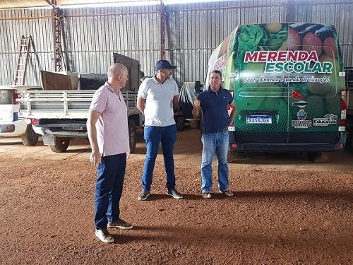 Vereador Samuel Carteiro visita Pátio de Máquinas em Matupá